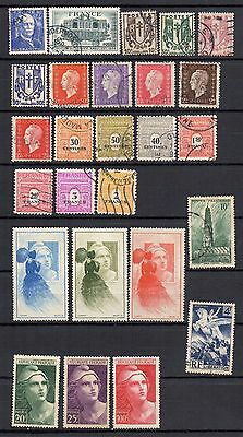 S07 France Thema Liberation Lot 23 Timbres + 3 Vignettes