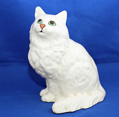 Beswick Cat a Persian Seated Looking Up Model 1867  White Gloss