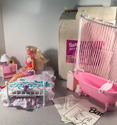 1995 Barbie bed and bath NIB -- GREAT FOR DIORAMAS!!