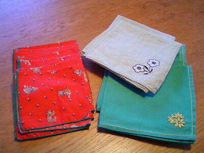 14 Vintage Red And Green Small Cocktail Napkins