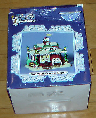 DEPARTMENT 56 Multi-Color Frosty The Snowman Snowball Express Depot Figurine