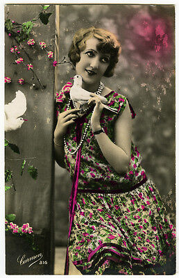 1920's French Deco Cutie FLAPPER w/ WHITE DOVE glamour pigeon photo postcard