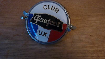 Peugeot Owners Club Grille Badge 204 304 504 505