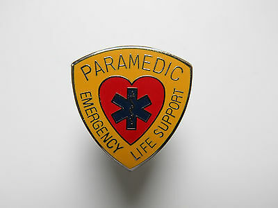 Star of Life Pin  PARAMEDIC  Emergency Life Support Rettungsdienst