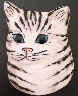 Porcelain Kitty Trinket Box Hand Made And Signed By Carol Halmy Vintage