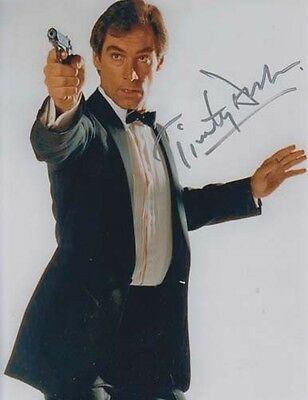 Timothy Dalton 007 James Bond Authentic Autograph As James Bond