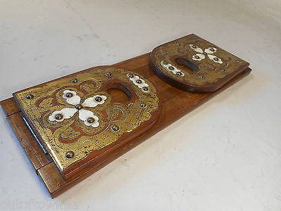 Antique Walnut  Extending Book Slide ., Book Ends    ref  1724