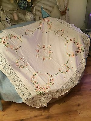 Vintage Linen Tablecloth Beautiful Hand Embroided Lace Edged