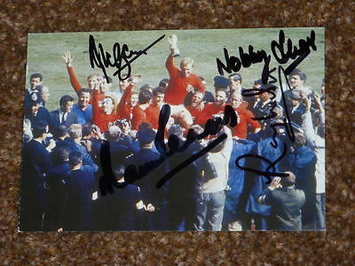 World Cup 1966 Signed By 5 Of The Winning England Team, Good Condition