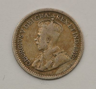 1912 Newfoundland 5 Cents Silver Foreign Coin *Q18