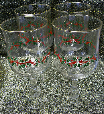 Four 4 Wine or Water Stems Christmas Holly Wreath Arby's