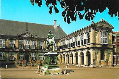 The Hague - Noordeinde Palace - Unposted Postcard