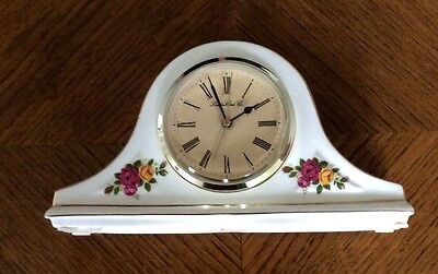 Mantle clock, country roses pattern