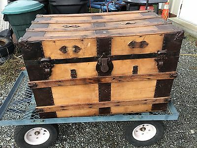 Antique Steamer Flat Top Trunk Stage Coach Chest Storage Coffee Table