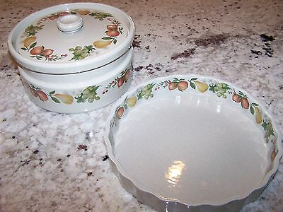 "Wedgewood 7-1/2"" Round Covered Casserole Pan & 10"" Quiche In Quince Pattern"