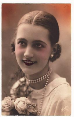 VINTAGE RP POSTCARD,ART DECO,GLAMOUROUS WOMAN,PEARLS,RED LIPS,FOTOCLERE,c1920s