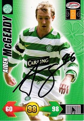 AIDEN McGEADY  ( Celtic )  signed card.