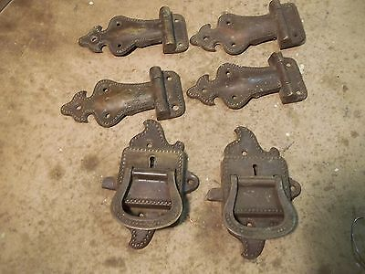 asst. Old Beaded edge Ice Box Hardware 2 pr. hinges & 2 pull latch handles