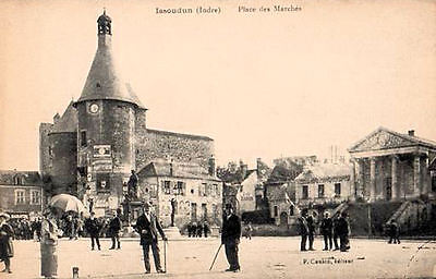 36 Cpa Animee 1924  - Issoudin - Place Des Marches