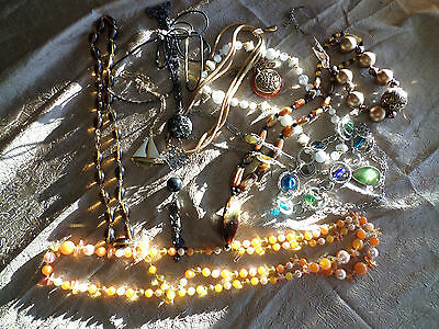 Mixed Lot of Vintage Jewelry /  Necklaces / Beads / Glass / Sailboat (K195)