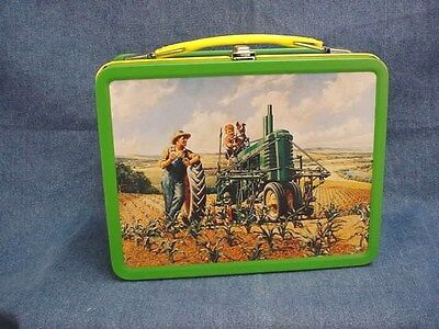 John Deere 2Nd In Series Lunch Box - Lunch Time - Model B Tractor
