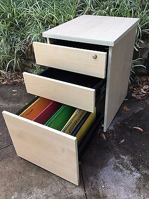 Filing Cabinet/Mobile Pedestal  -  3 drawer  -  Commercial Quality  -  gc