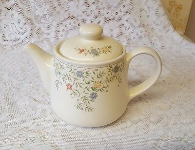 British Home Stores Country Garland 2Pt (1 Litre) Tea Pot ~ BHS