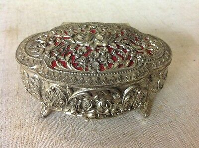 Free Shipping!! Vintage Metal Silvertone Roses Jewelry Ring Trinket Footed Box