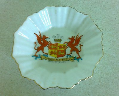 Lovely souvenier of Wales bone china gold rimmed trinket dish by Shelley
