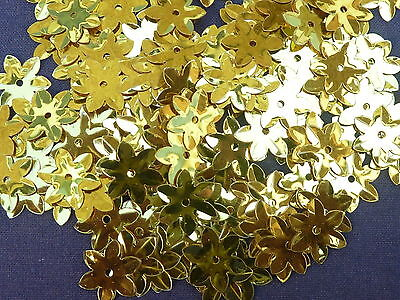 200 Approx Beautiful Shimmering Flower Sequins - Gold