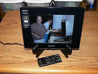 """Sony DPF-D810 8"""" LED LCD Backlit Digital Picture Frame 800x600 w/ Remote Cables"""