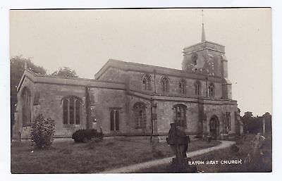 P3198 Original old RP postcard of Eaton Bray Church, Bedfordshire