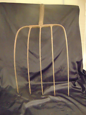 "Farming pitch fork 5 tines no handle decorative Americana style 26"" overall leng"