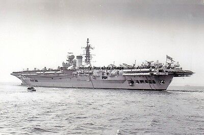 rp14841 - Royal Navy Aircraft Carrier - HMS Victorious , built 1941 - photo 6x4