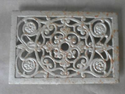 FRENCH Vintage Cast Iron floral  HEATING GRATE VENT PLAQUE