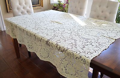 Vintage Quaker Lace Tablecloth Neoclassic Design Cotton 60 By 68 Inches