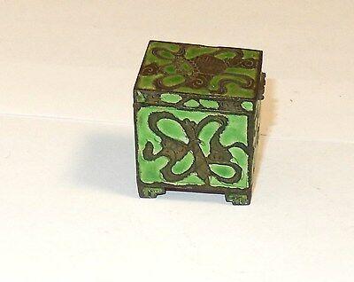 Old Chinese Cloisonne Repousse Green Enamel Stamp Jar Box