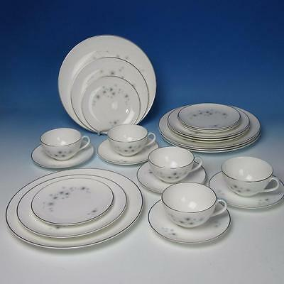 Royal Doulton China - Thistledown H4943 - 5 Place Settings - Plates/Cups/Saucers