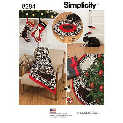 Simplicity Sewing Pattern Holiday Stockings Tree Skirt Throw Cat Bed & Toy 8284