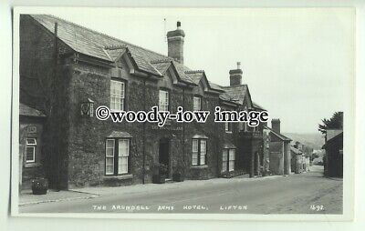 tp9891 - Devon - The Arundell Arms Hotel, covered in Ivy, at Lifton - Postcard