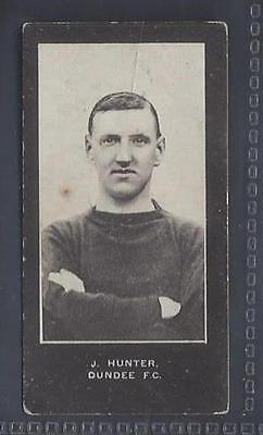 Smith - Footballers (Blue Back, No Series Title) - #72 J Hunter, Dundee Fc