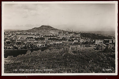 (P160) Law from Balgay Hill, Dundee. Vintage Valentine RP Postcard