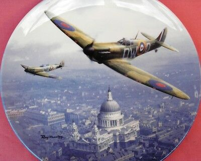 Royal Doulton Spitfire Over St Pauls' R.a.f. Aeroplane Plate Roy Huxley