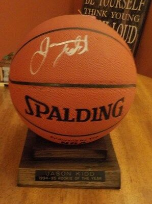 1994-95 NBA Rookie Of The Year Autograph Signed Basketball JASON KIDD W/Display
