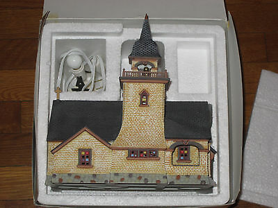 Department 56 Seasons Bay Chapel On The Hill First Edition 53302