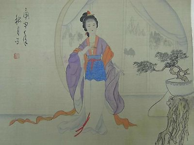 A FINE SIGNED SEALED 19thC JAPANESE SCROLL SILK PAINTING GEISHA GIRL 1850-1899