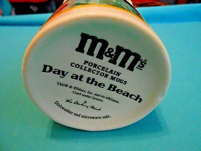 Original Danbury Mint M&M's Porcelain Collector Mug Day At The Beach Coffee Cup