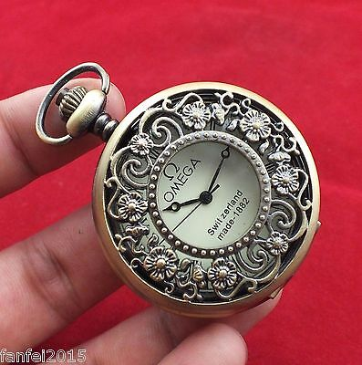 Collectibles LOVELY SUB-MINIATURE CLOCK pocket watch