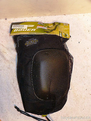 New Bauer In Line Skating Knee Pads size Small