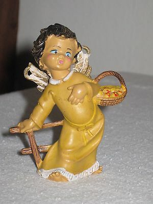 Vtg Cherub Angel Carrying Basket With Appes Christmas Nativity Ornament Italy